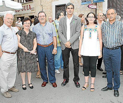 Pere Suau, Genoveva Sánchis, Toni Miquel, Pep Lluís Colom, Àgueda Quiñonero y Miquel Gual.