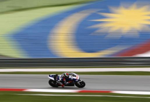 MALASIA. MOTOCICLISMO. El piloto de Yamaha MotoGP Jorge Lorenzo durante los entrenamientos del Gran Premio de Malasia.