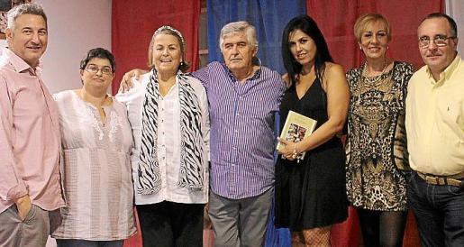 Alejandro Macià, Agri Moragues, Manuela de la Vega, Pedro Prieto, Marga Mora, Celia Velasco y Vicente Fernando.