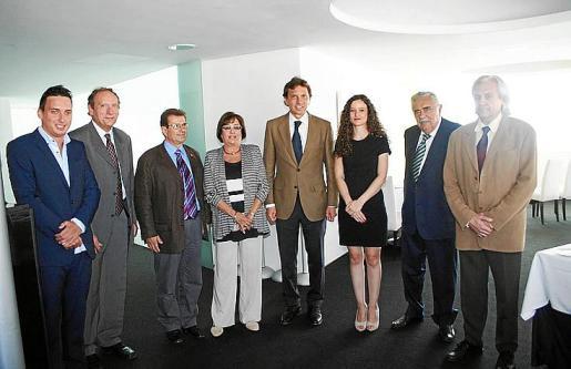 Paulino Buchens Mir, Miguel Ángel Vázquez, Llorenç Huguet, Paula Mir, Mateo Isern, Carmen Agenjo, Pere A. Serra y Ramón Rufín.