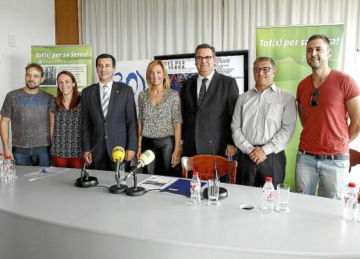 Juanjo Delgado, Neus Lliteras, Gabriel Company, Victoria Maldi, Josep Roquer, Llorenç Suau, y David Vázquez, ayer en el Auditòrium.