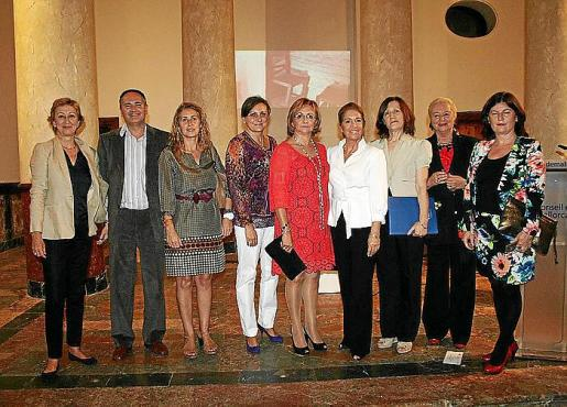 María José Massot, José Carrillo, Maribel Crespí, Pilar Ruano, María Verger, Teresa Martorell, Catalina Sureda, Olga Lallesdert y Catalina Font.