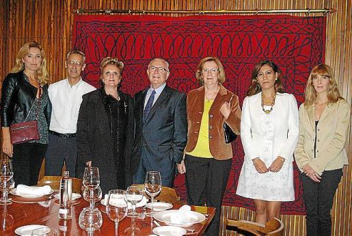 Lines Pons, Miquel Coll, Gloria Mulet, Damián García, Ana María Oliver, Maria Cristina León y Silvia Castelló.