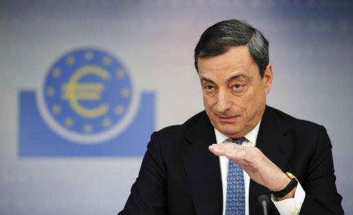 El presidente del Banco Central Europeo (BCE), Mario Draghi, durante la rueda de prensa en la que ha anunciado una bajada de los tipos.