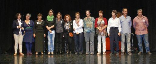 Miembros de la Associació Amics de l'Escola de Música de Capdepera que participaron en el acto de entrega de las becas.