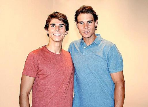 Rafael Nadal y su 'hermano' Tomeu. Ambos revolucionaron ayer las redes sociales.