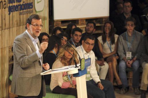 El presidente del Gobierno, Mariano Rajoy, durante su intervención en la clausura de la Convención Nacional de Nuevas Generaciones, en Madrid.