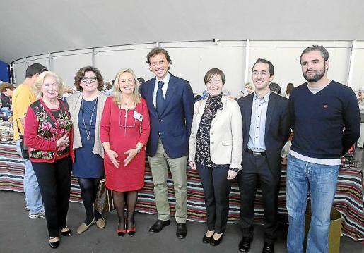 Catalina Rullán, Catalina Cirer, Rafi Córdoba, presidenta del Club Elsa; Mateo Isern, Aina Ferriol, Guillermo Sánchez y Alvaro Celdrán.