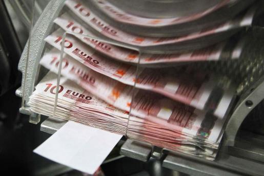 El salario medio español cayó un 2,6% en 2012.