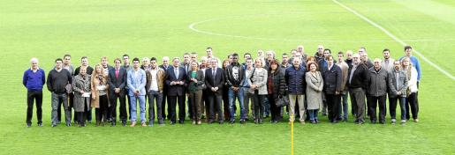 Palma entrega carnet socios alcaldes foto morey