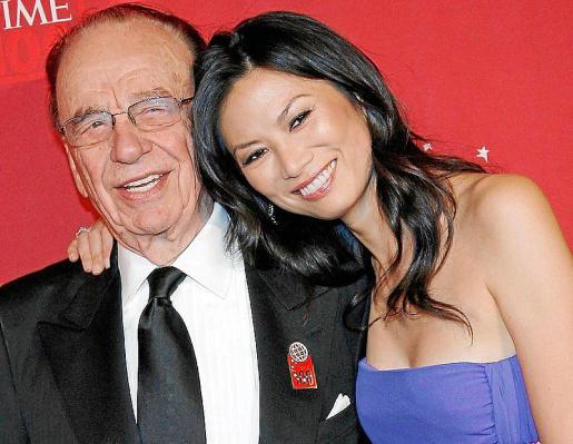 Rupert Murdoch y Wendi Deng , en los tiempos felices de su matrimonio.
