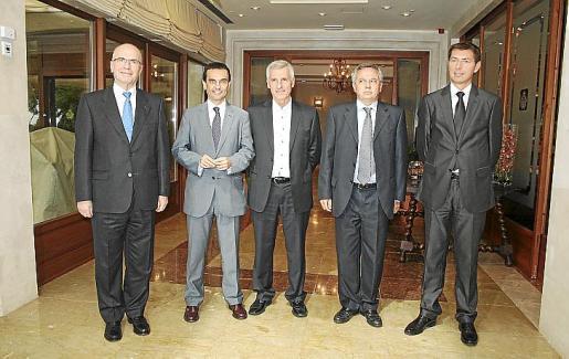 Antonio Asensio, de Ernest & Young; Joaquín García, Joan Alguersuari, Antonio Bosch, socio director de Ernest & Young; y Christophe Cortale, de BNP Paribas.