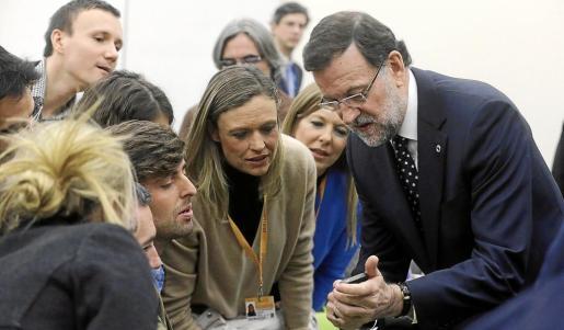 Mariano Rajoy, momentos antes de la conferencia de prensa que ha ofrecido al termino de la cumbre de Vilna.