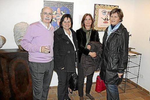 Vicens Palmer, Carmen Salvà, Laura Moralejo e Irene Kehl.