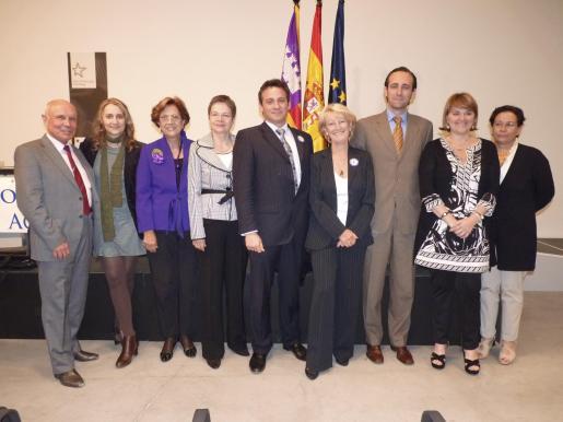 Joaquin Wagner, Catalina Alemany, Francisca Bennássar, Anne Karin Glase, Carlos Bestard, Kate Mentink, José Ramón Bauzá, Rosa Estarás y Marina Sans.