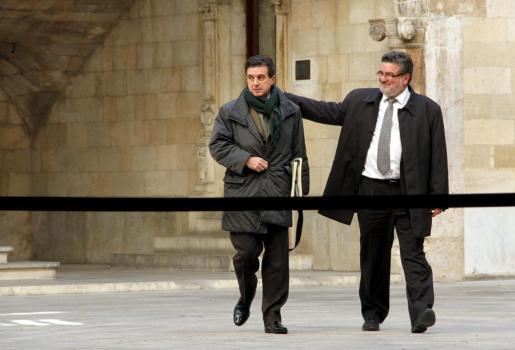 Jaume Matas y su abogado, Miquel Arbona.