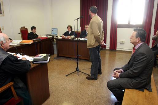 El ex alcalde de Andratx volverá a sentarse en el banquillo la semana que viene.