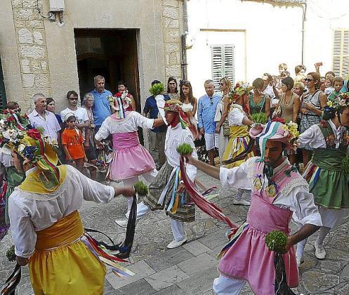 Una actuación de los Cossiers en Montuïri el pasado agosto.