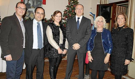 Carlos Pons, Rafael Santiso, Mariola Machado, Luis de la Serna, Teresa Llull y Teresa Palmer