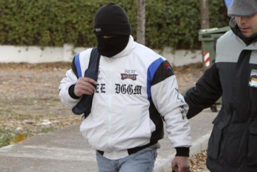 Miguel Ricart, el único condenado por el triple crimen de Alcàsser, a su salida de la prisión de Herrera de La Mancha, en Ciudad Real.