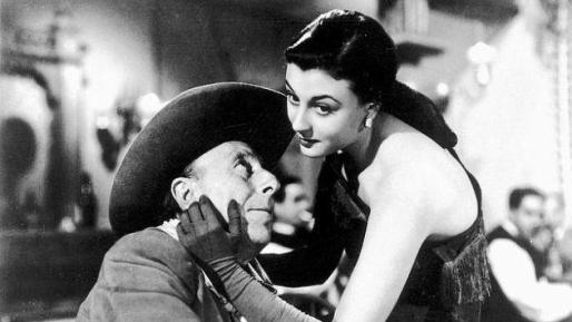 El inolvidable Pepe Isbert junto a la actriz Lolita Sevilla en un fotograma de 'Bienvenido Mr. Marshall'.