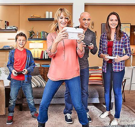Entre comilona y comilona de Navidad, siempre hay un rato para jugar con las consolas en familia.