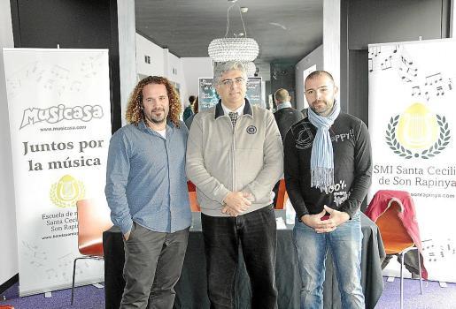 Miki Jaume, de Trui Teatre; Eduardo Bernabéu y Roberto Muñoz.