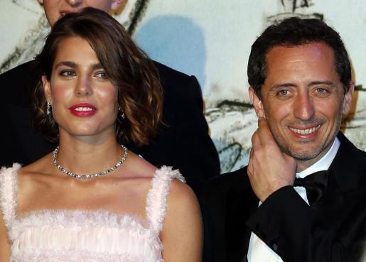 La princesa Carlota Casiraghi, y su novio el cómico francés Gad Elmaleh.