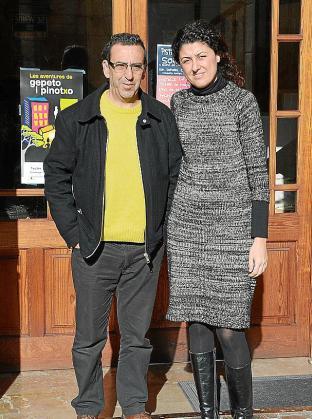 El alcalde de Son Servera, Antoni Servera, y la regidora de Comunicació, Natalia Troya, dieron a conocer la noticia.