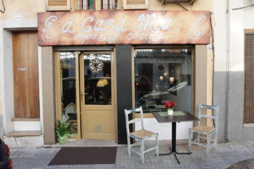 La fachada del café y restaurante A Casa Mia, en Palma.