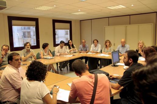 Imagen de una reunión celebrada en septiembre entre Conselleria y representantes de la enseñanza.