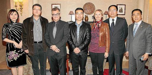 Ma Yiming, Tao Yimin, Carlos Morell, Huang Tiejun, Adriana Maskarova, Zhang Zhongyi y Zheng Shiting.