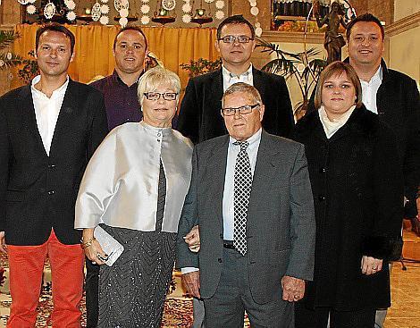 Juan Bover y Catalina Suau con sus hijos Gabriel, Guillermo, Juan Antonio, Miquel y Carolina.