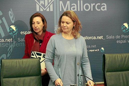 Margalida Roig y Maria Salom, en la presentación de los Presupuestos.