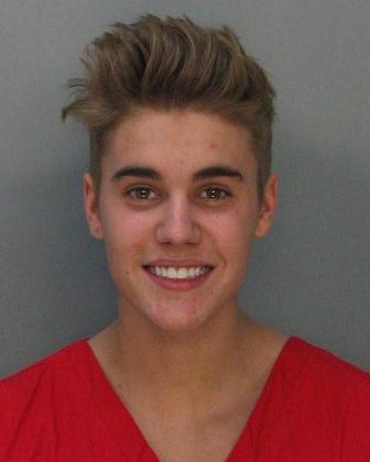 Fotografía cedida por la correccional del condado Dade que muestra al ídolo juvenil del pop Justin Bieber, de 19 años, quien fue arrestado en la madrugada de hoy.