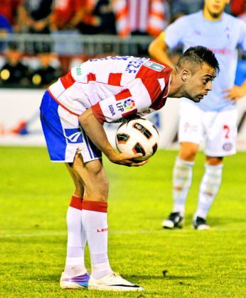 El jugador del Granada Dani Benítez .