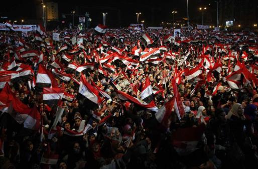 Simpatizantes del ejército egipcio, en la plaza Tahir de El Cairo