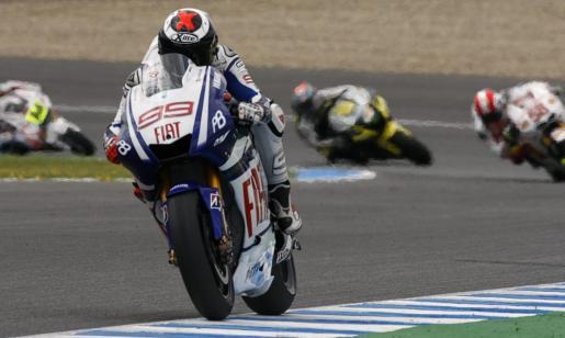 Lorenzo fue superado por Rossi y Stoner en la primera sesión de entrenamientos libres de Le Mans.
