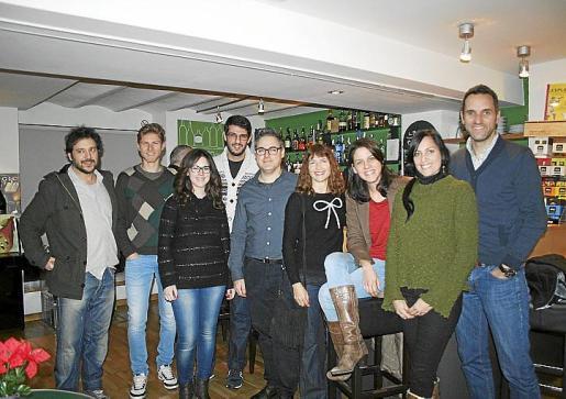 Salva Ginard, Mateu Caldés, Laura Barón, Jordi Ribas, Guillermo Perona, Jocelyn Shimell, Paloma Gutiérrez, Marta Cánaves y Daniel Casino.