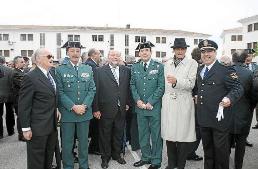 Miguel Montojo, el general Pablo Martín Alonso, Miquel Cañellas, el general Francisco Ara, Carlos Alemán y Juan Antonio Domínguez.