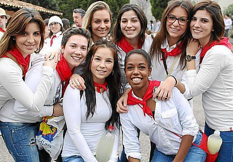 Isabel Cacho, Clara Vicens, Elena de la Torre, Vanessa Ferrera, Zhaida Parra, Margalida Sureda, Mari Carmen Cacho y Pilar Faba.