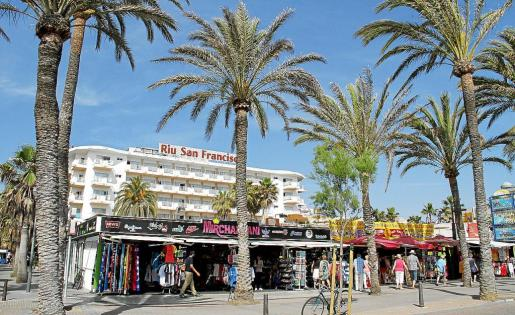 El hotel Riu San Francisco, en Platja de Palma, recibió la primera licencia del PRI de la zona para aumentar altura y categoría.