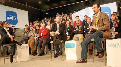 Momento del debate sobre política educativa que mantuvieron Bauzá y el ministro de Educación, José Ignacio Wert.