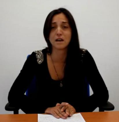 La madre de Malén Ortiz, Natalia Rodríguez, en uno de los vídeos en los que solicitó ayuda para encontrar a su hija.