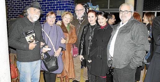 Juan José Gomáriz, Maria Isabel Mulet, María José Martínez, José Manuel Valverde, Marga Noguera, Gio Fajardo y Toni Mangiova.