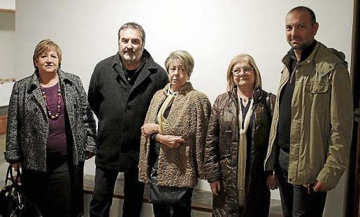 Joana Maria Pujol, Paco Lorente, Ana Maria Cifre, Amalia Caldentey y Pepe Gálvez.