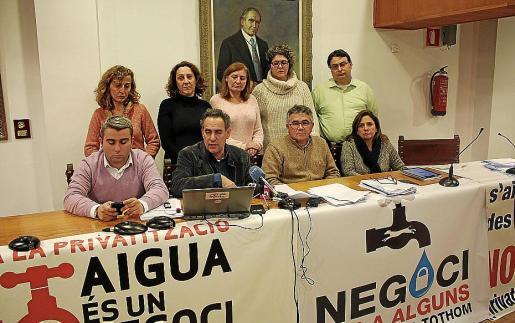 A mediados de diciembre, la oposición se encerró en el Ajuntament para protestar.