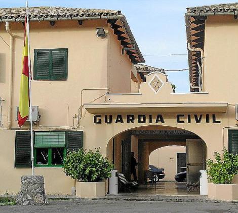 La Guardia Civil analizó con los empresarios esta problemática.