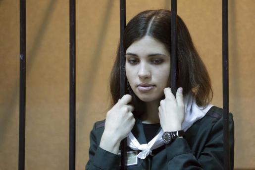 """Fotografía fechada el 26 de abril de 2013 de Nadezhda Tolokónnikova, integrante del grupo """"punk"""" ruso Pussy Riot."""