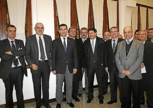 José Ramon Orta, Miquel Ángel Riera, Gabriel Company, Antonio Cardona, Teodoro Pou, Óscar Mayol, Ramon Rotger, Joan Rotger, Tolo Oliver y Manuel Fernández-Roca.